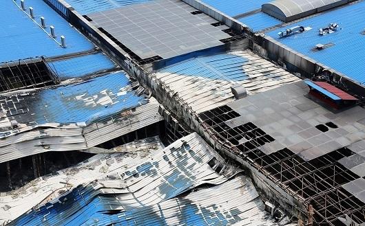 钢结构厂房坍塌